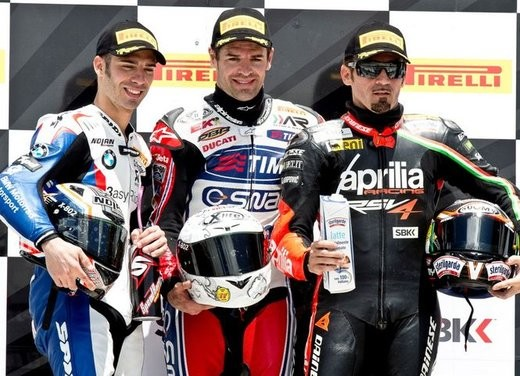 MondayRace1podium_big