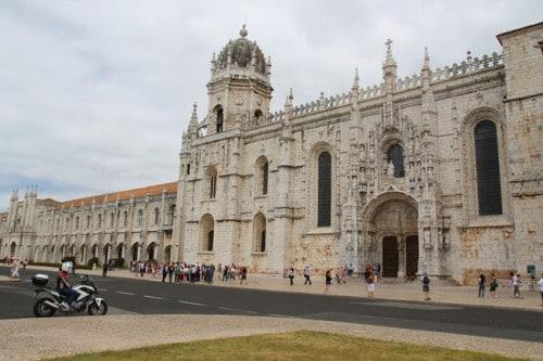 Monastero-esterno