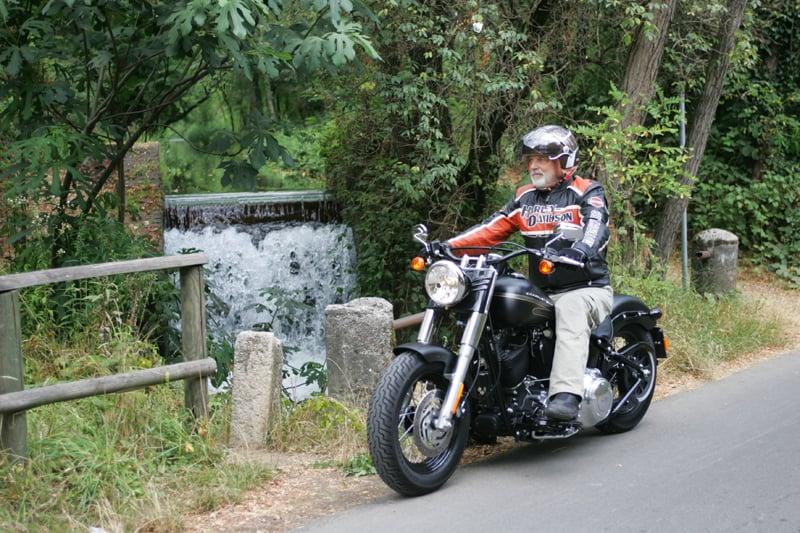 Harley-Davidson FLS Softail Slim