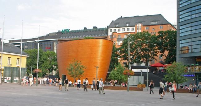1.1 helsinki piazza del centro chiesa del silenzio