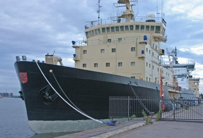 1.6 helsinki nave rompighiaccio in estate, che come il mare d'inverno, la mente non considera