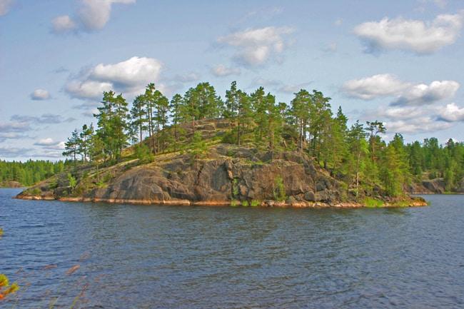 5.0 Pumala isolotto sull lago