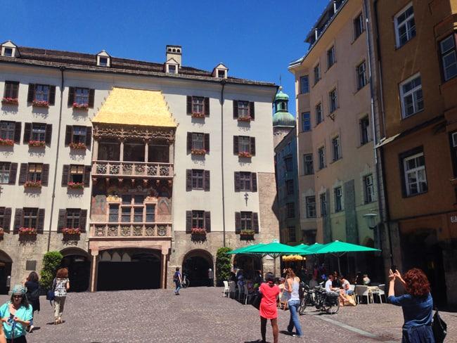 Il Goldenes Dachl (Tettuccio d'oro), il monumento simbolo simbolo della città