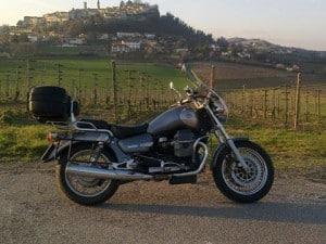 Laura, la Moto Guzzi California