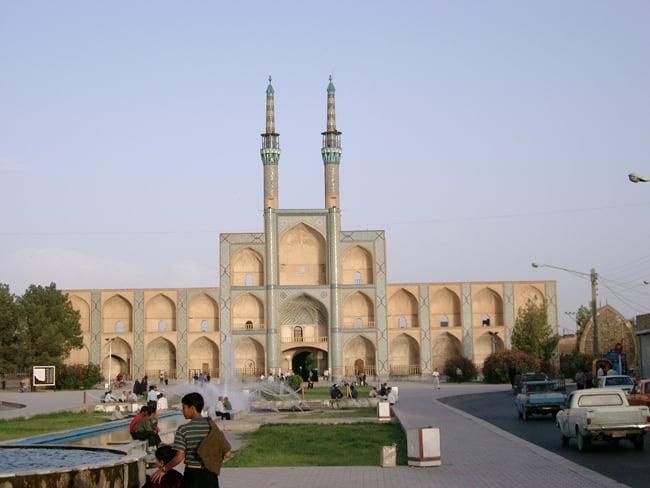 Iran Yadz (2)