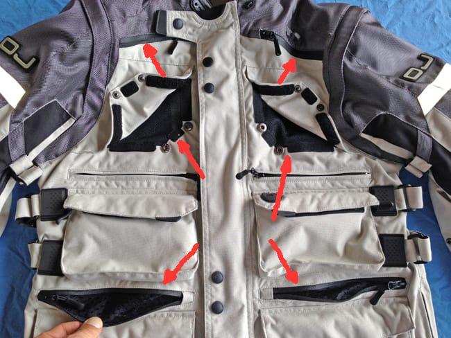 Le prese d'aria sulla parte frontale della giacca OJ Desert EVO