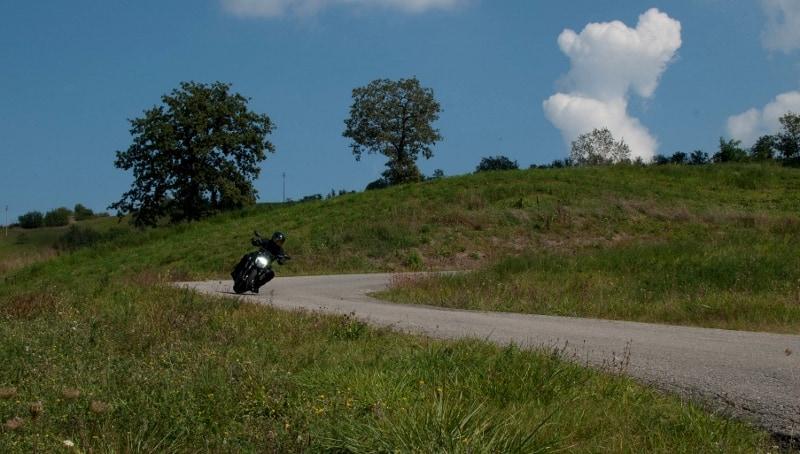 Prova Ducati Diavel: nel misto più veloce è divertente