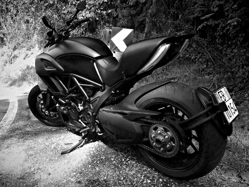 Prova Ducati Diavel: bassa, lunga e massiccia