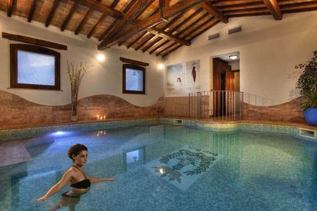 Piscina Imperial Suite m - Borgobrufa Spa Resort