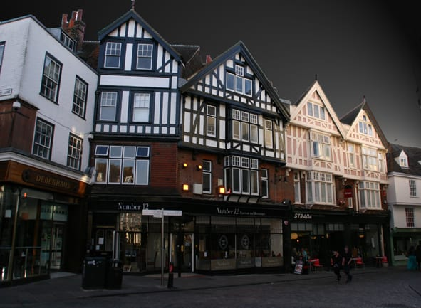 Inghilterra, Canterbury Case nei friars