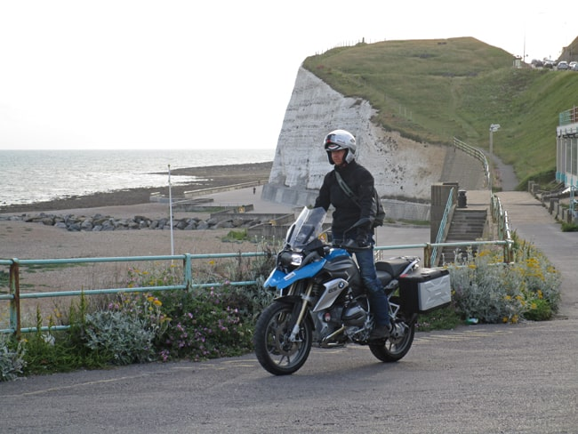 in moto sulle White Cliffs