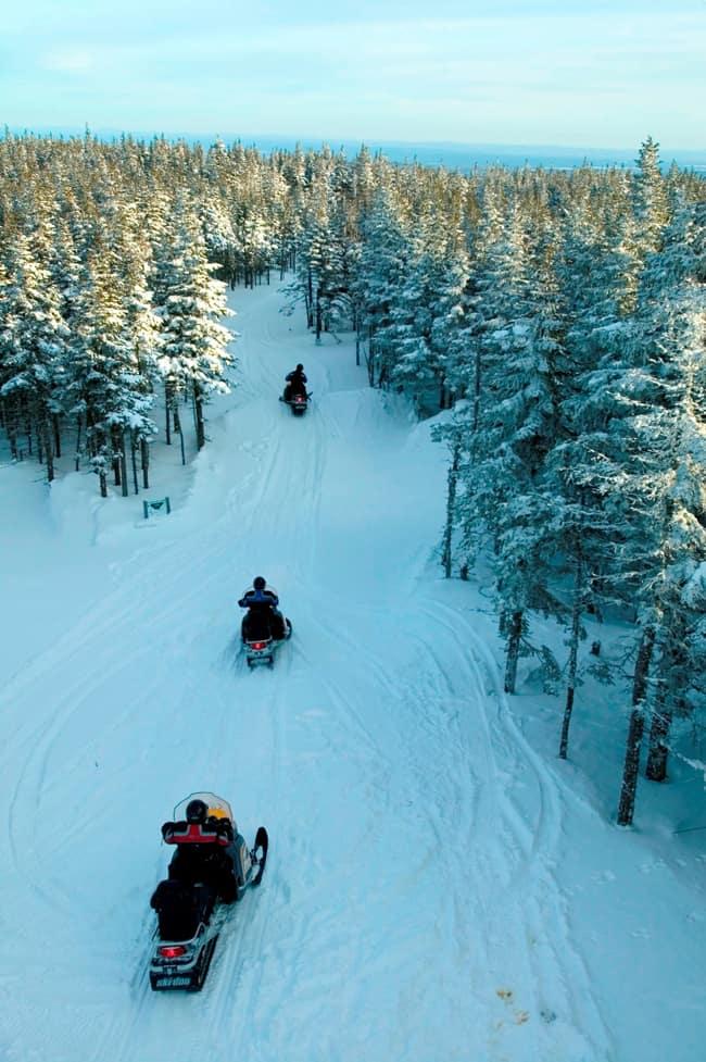 Motoslitta in Canada, l'avventura a portata di tutti