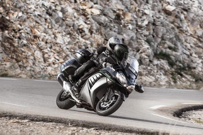 Kawasaki 1400 gtr pi comoda per viaggiare for Planimetrie di 1400 piedi quadrati