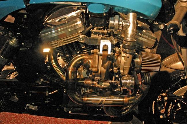 La straordinaria meccanica della Avinton Turbo