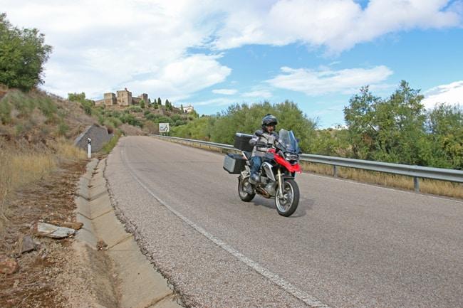 La strada che porta a Monsaraz