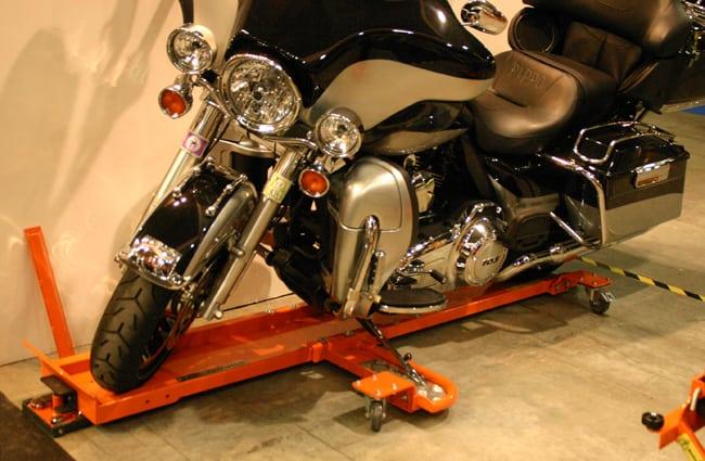 Easy-P può parcheggiare anche moto di stazza imponente