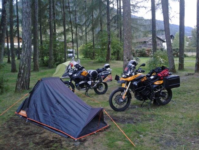 Le migliori strade alpine da fare in moto. Campeggio Gilfenklamm