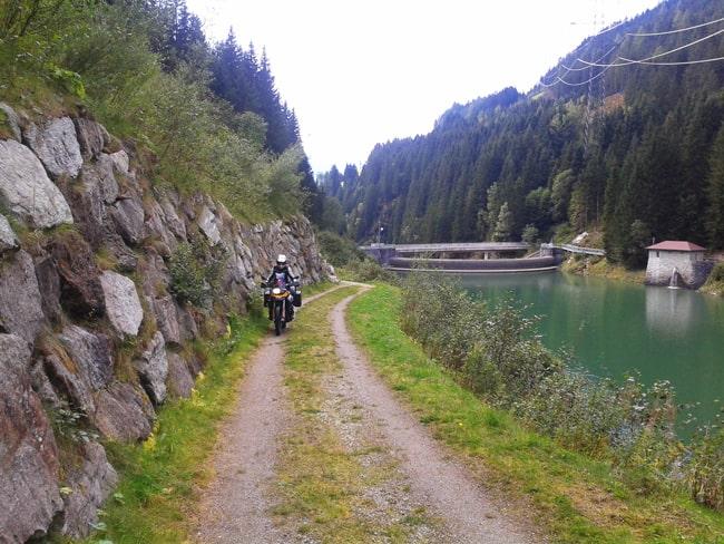 8 Sterrata che porta alla diga prima di Gmund