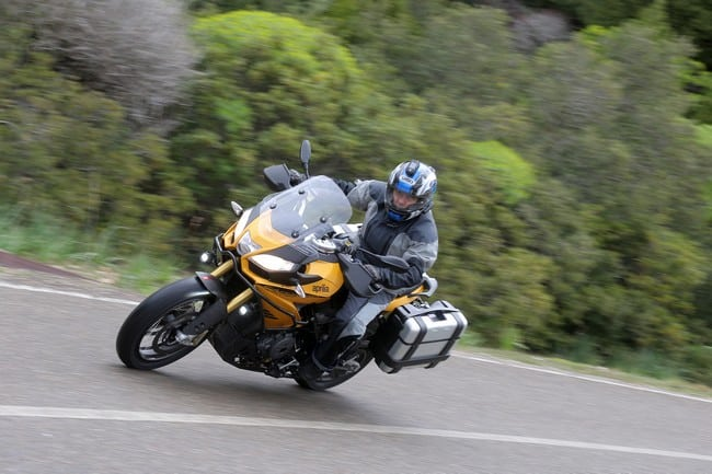 Cinque consigli per automobilisti, sulla sicurezza dei motociclisti