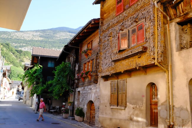 Vini del Vallese: l'oro segreto della Svizzera. Salgesh