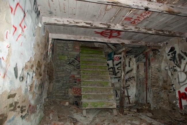 Alla scoperta di alcuni paesi abbandonati in emilia romagna for Abitazioni interni