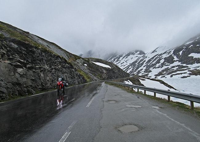 Norvegia dei fiordi. devi esserci per crederci!. Langvatnet vivino a Dalsnibba.