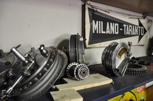 Il piccolo museo Gilera di Angelo - UN DETTAGLIO DEL SUO GARAGE