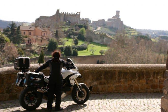 Tuscania Rivellino e san Pietro