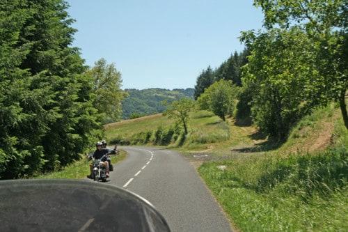 Ponte due giugno, dove andare in moto! La dolcezza delle colline francesi