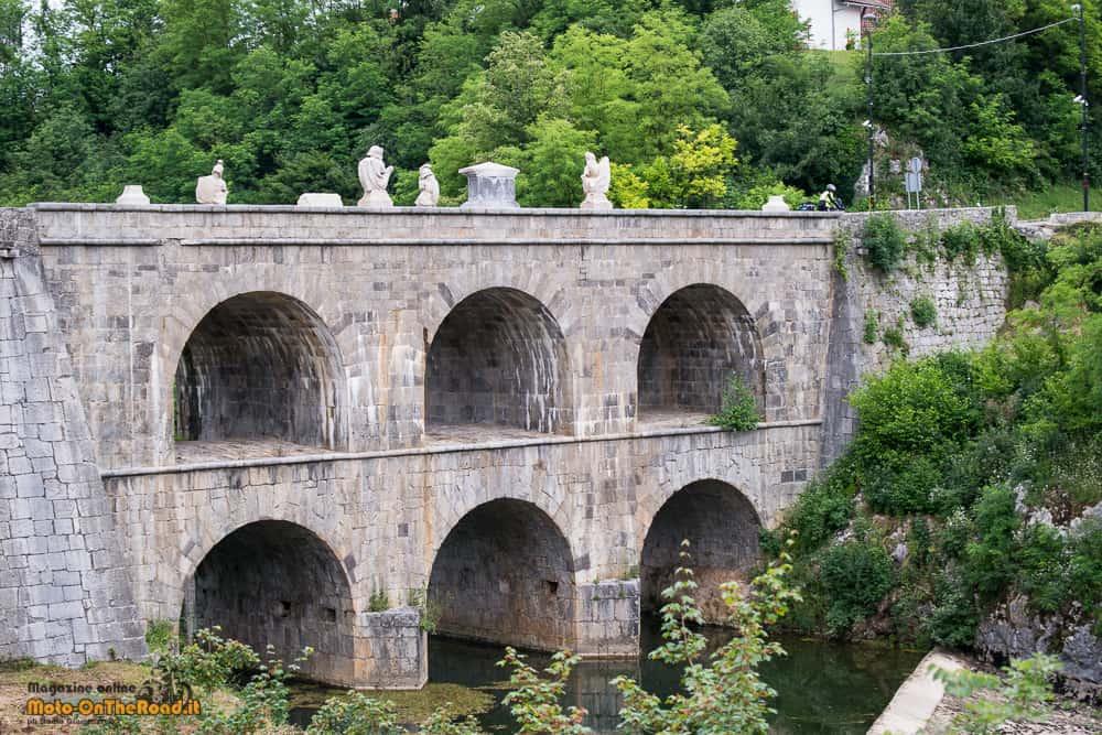Croazia in moto da ogulin fino al mare for Piani ponte veranda
