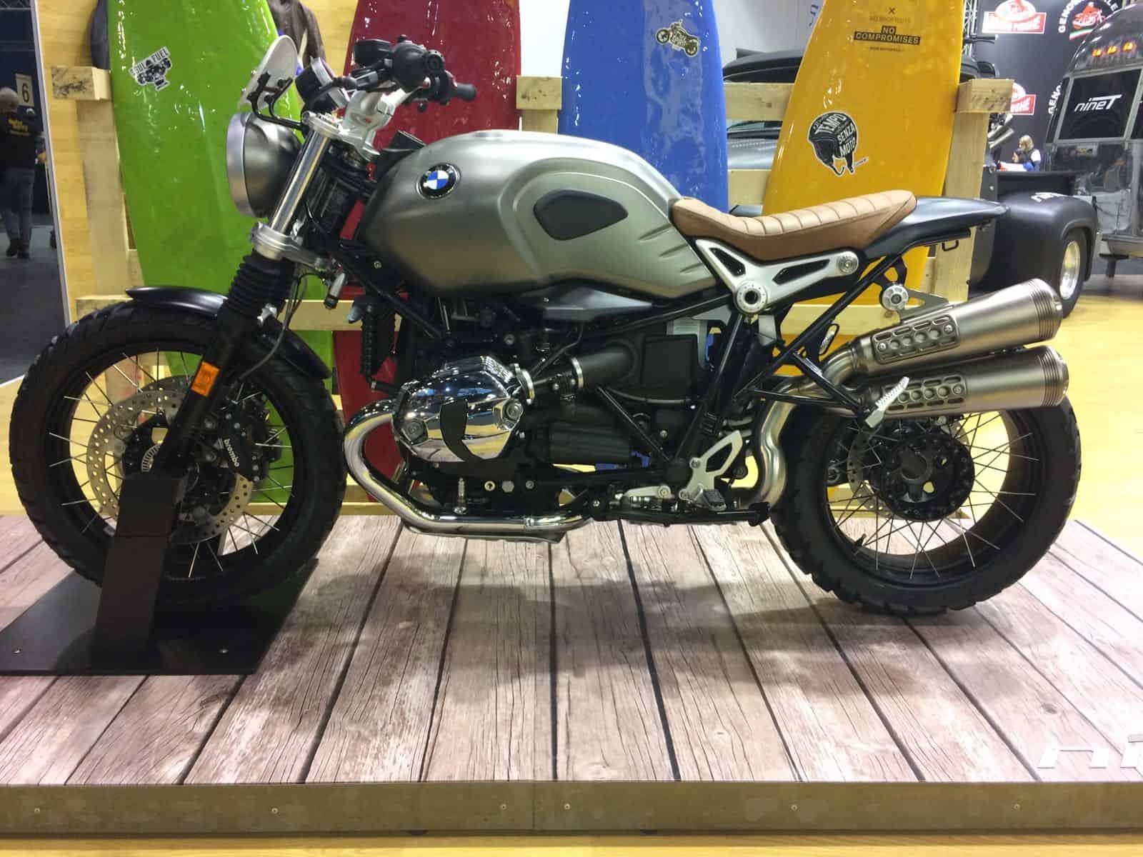 BMW NineT scrambler. Per chi ha voglia di cucirsi la moto addosso.