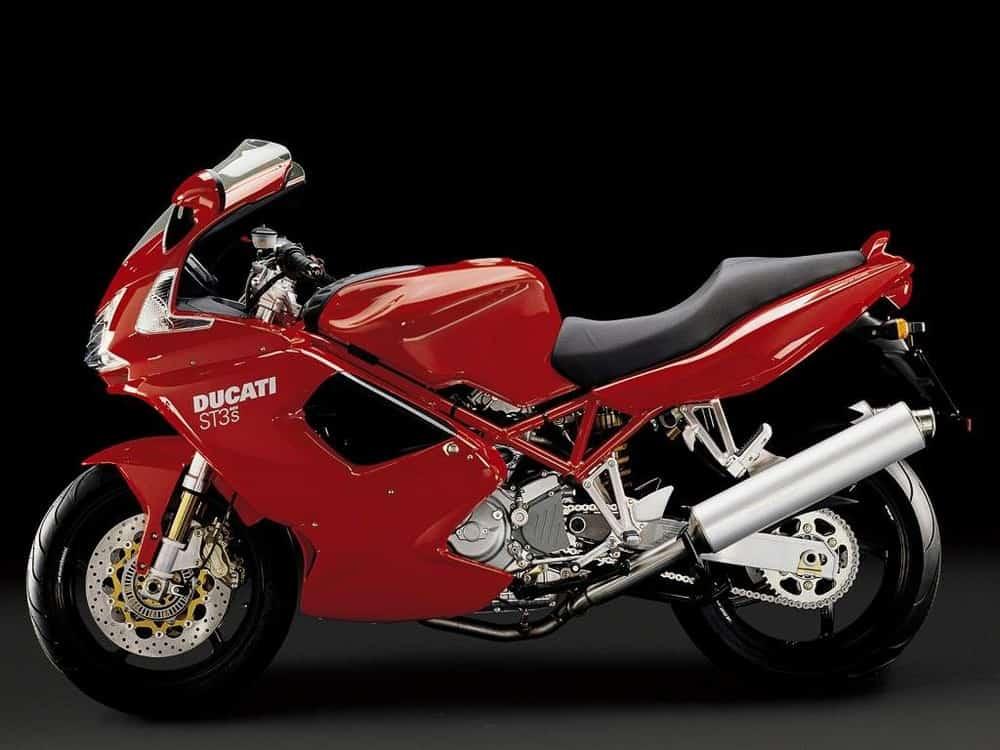 Moto che mancano nei listini delle case motociclistiche: Ducati ST
