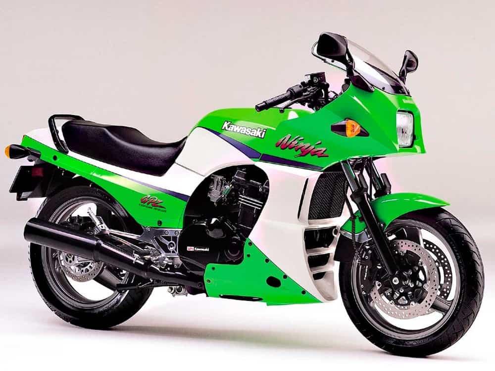 Moto che mancano nei listini delle case motociclistiche: Kawasaki GPZ 900