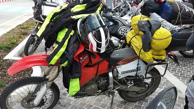la nostra Centopassi: non c'è in realtà una moto più adatta di un'altra. Il pilota di questa Honda XR 600 si è classificato ai primi posti