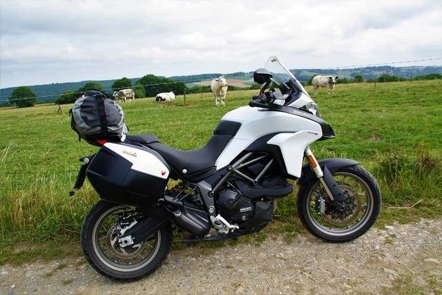 Vallonia in moto: la moto del nostro viaggio, una stupenda Multistrada 950 che si è dimostrata comoda, versatile ed emozionante.