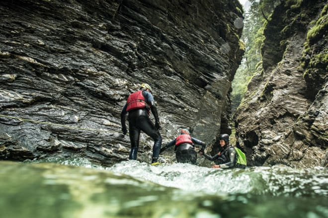 Schweiz. ganz natuerlich. Softcanyoning Gruppe in der Viamala-Schlucht. Switzerland. get natural. Softcanyoning group in the Viamala gorge. Suisse. tout naturellement. Groupe Softcanyoning dans les gorges de Viamala. Copyright by: Switzerland Tourism - By-Line: swiss-image.ch/Ivo Scholz