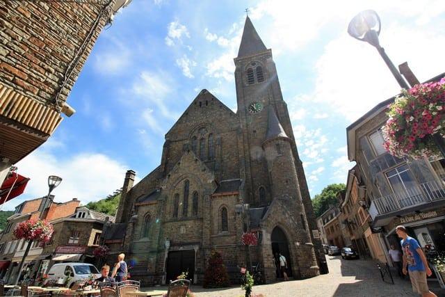 Vallonia in moto: la Roche en Ardenne, la cattedrale