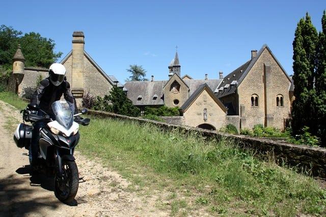 Vallonia in moto: l'abbazia di Orval