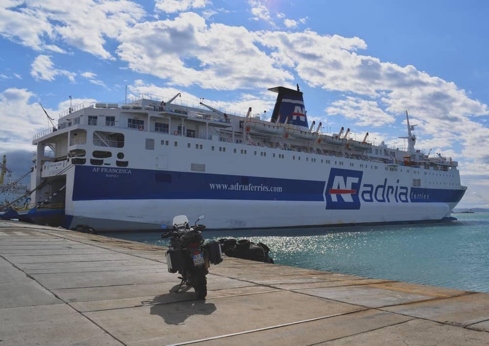 Pronti a salire a bordo con destinazione Bari