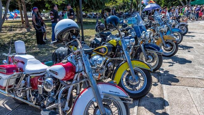 Harley Cuba2