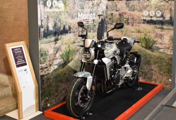 I Capolavori di Monet ed il design motociclistico Honda in mostra a Roma. Nella foto la Honda CB1000R