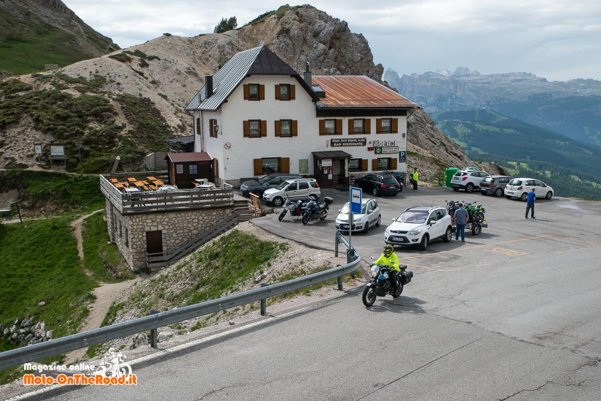 Passi dolomitici in moto - Passo di Valparola