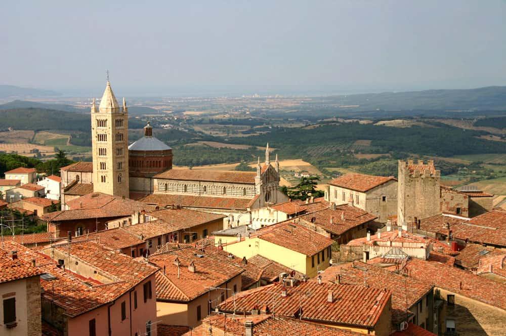 Veduta del centro storico di Massa Marittima