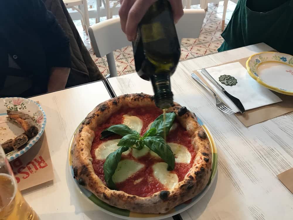 La Pizza Verace di Rossopomodoro: Margherita con mozzarella di Bufala Campana DOP