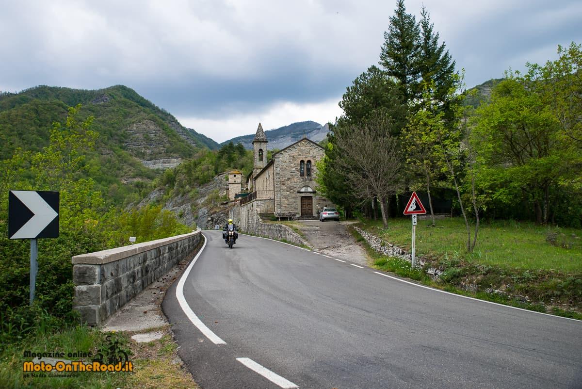 Dal Parco Regionale dei Sassi di Roccamalatina alla valle del Santerno. - Moto On The Road   viaggi in moto, avventure in moto, turismo in moto