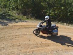 Furio (KTM) decisamente concreto, non si è fatto spaventare da una caduta a bassa velocità
