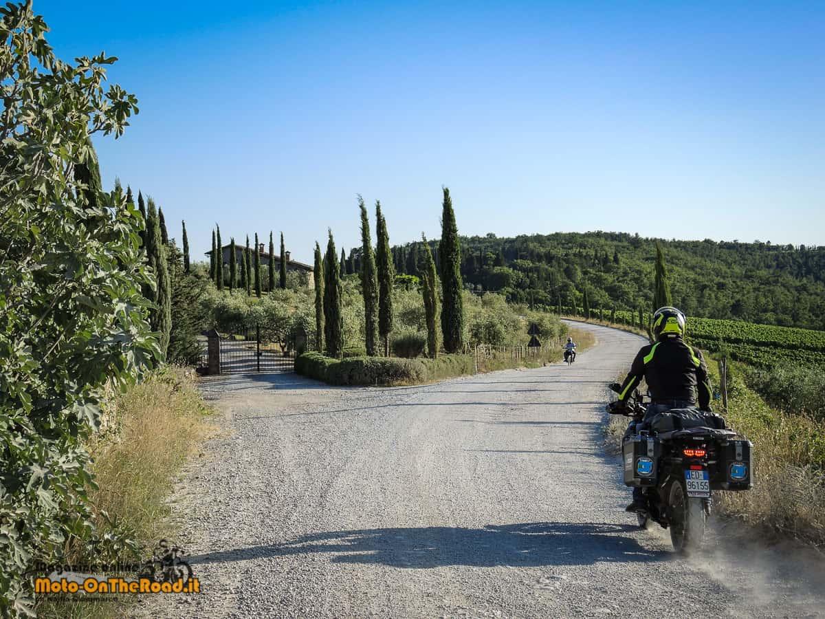 Perdersi sulle strade bianche, affascinati dalle Crete Senesi