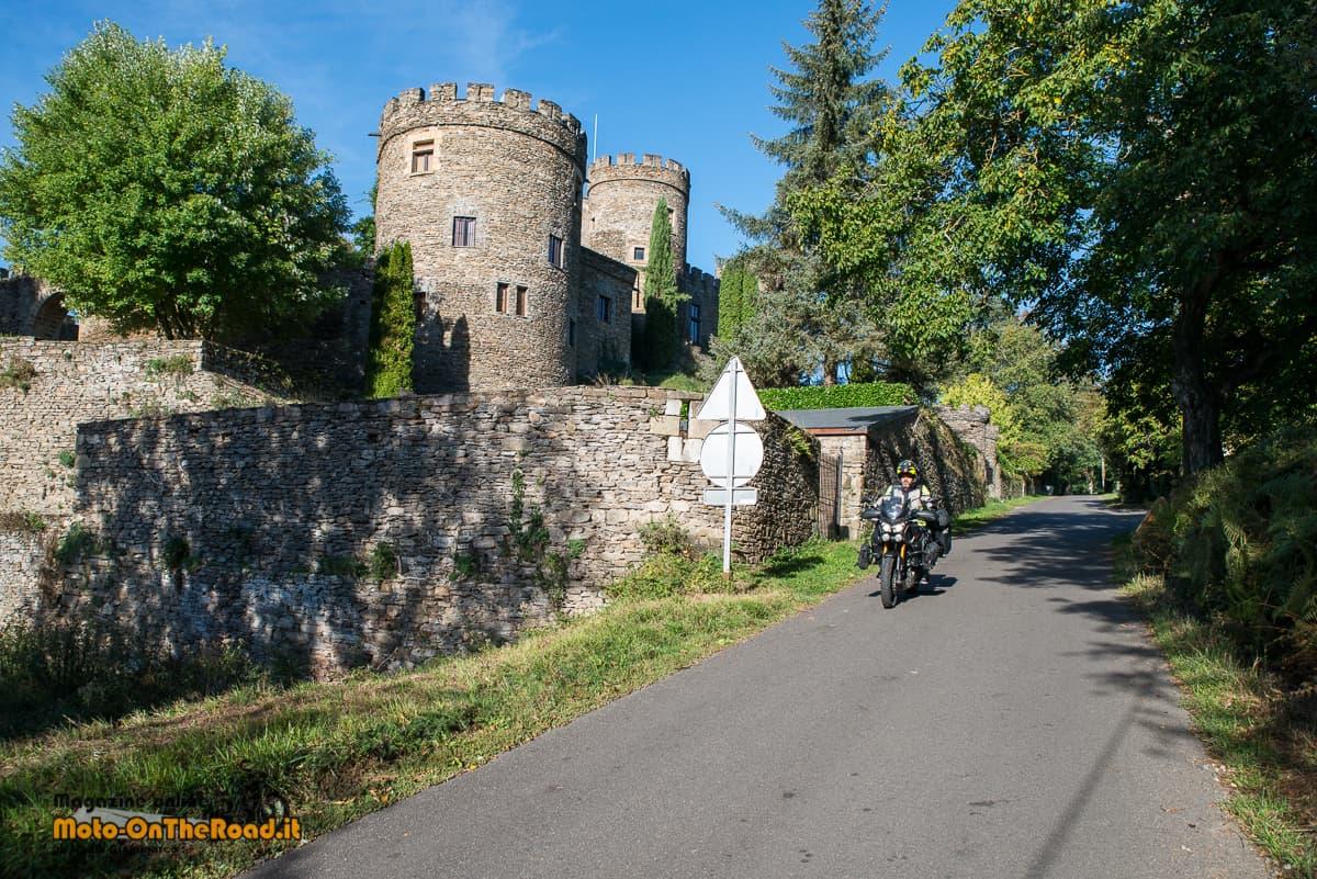 Itinerario in Alvernia - Castello di Chouvigny