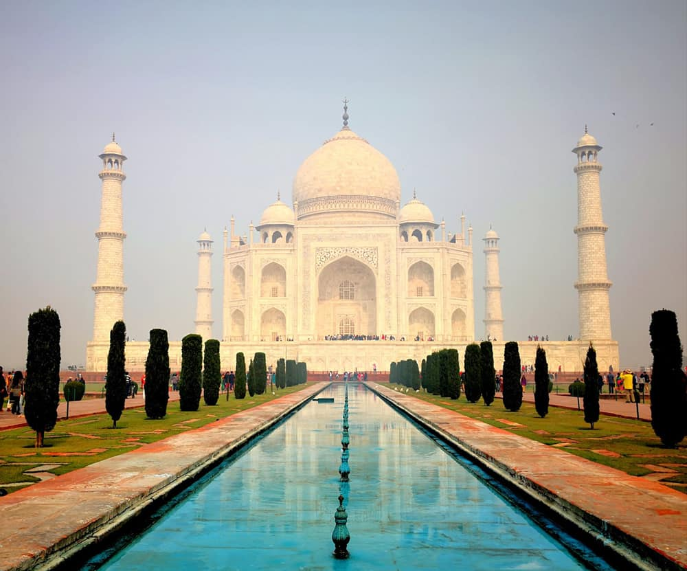 Rajasthan in moto. Il Taj Mahal.