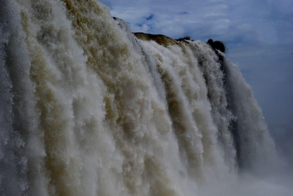 L'incredibile possenza delle Cascate dell'Iguazù